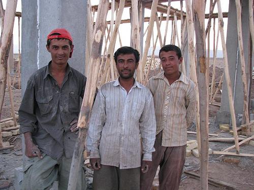 Afghan_workers_Iran.jpg